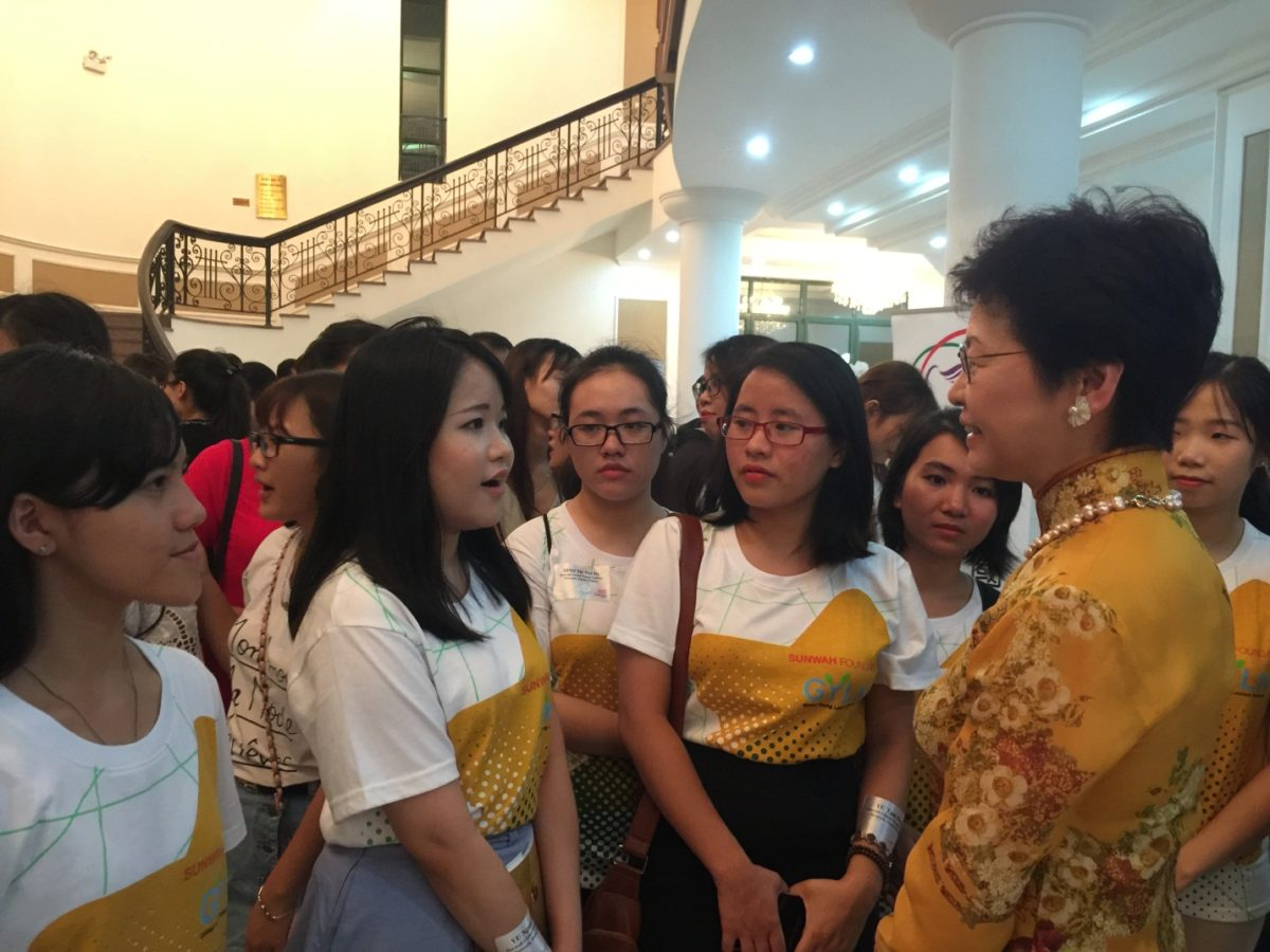 Members of Sunwah GYLN Hanoi Chapter met with Mrs Carrie Lam and attended the Asian Youth Orchestra Tour 2016's performance in Hanoi